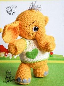купить вязаную игрушку слоник