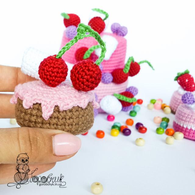 Вязаные сладости крючком | схемы вязания Амигуруми